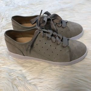 Vionic KEKE Grey Suede Lace Tennis Shoes